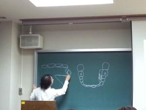 山本技工士による装置設計の説明